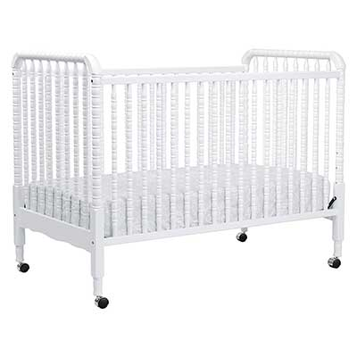 DaVanci Jenny Lind 3-in-1 Convertible Portable Crib in White
