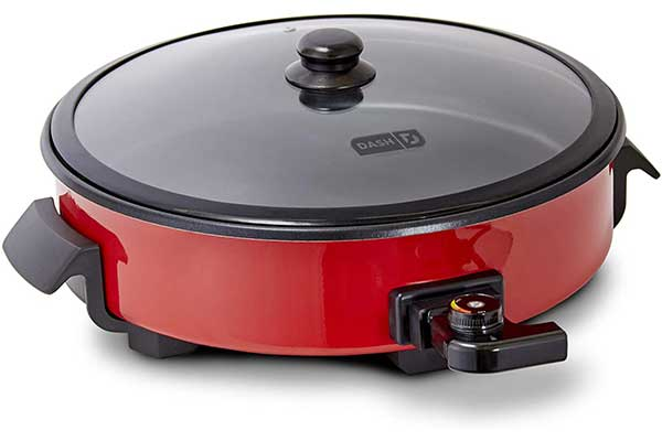 Dash DRG214RD Family Size Rapid-Heat Electric Skillet